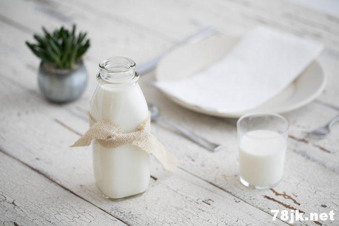 心脏病可以喝牛奶!牛奶对心脏病的好处有哪些?