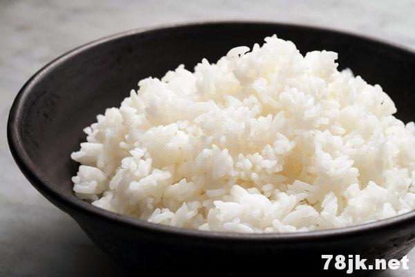 白米饭:营养价值、功效与作用