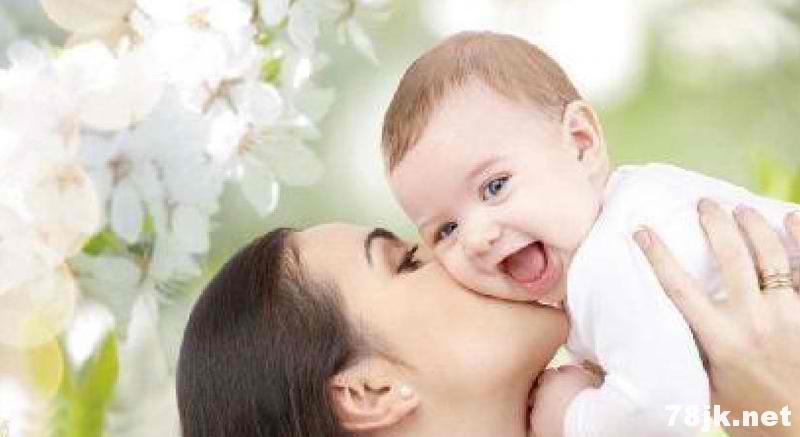 大人亲吻孩子导致生病甚至死亡?这到底是怎么回事?