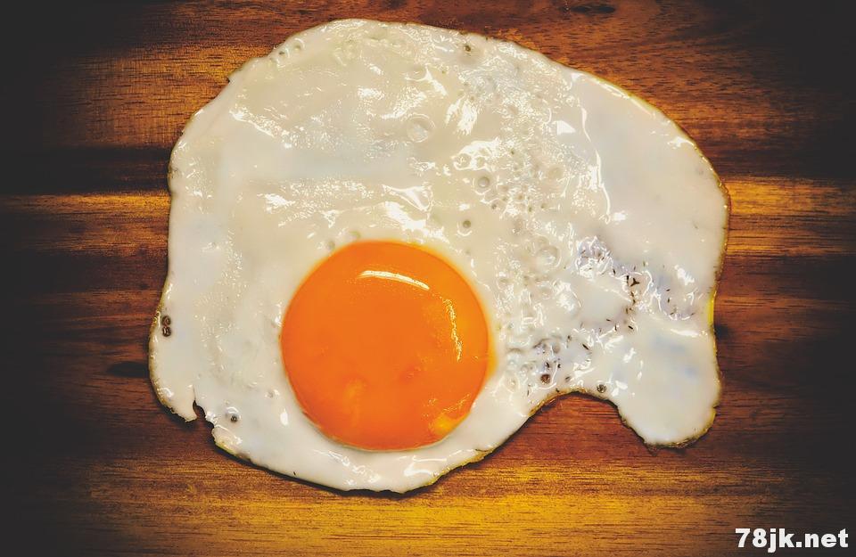 吃鸡蛋可以预防脂肪肝:一天可以吃几个?