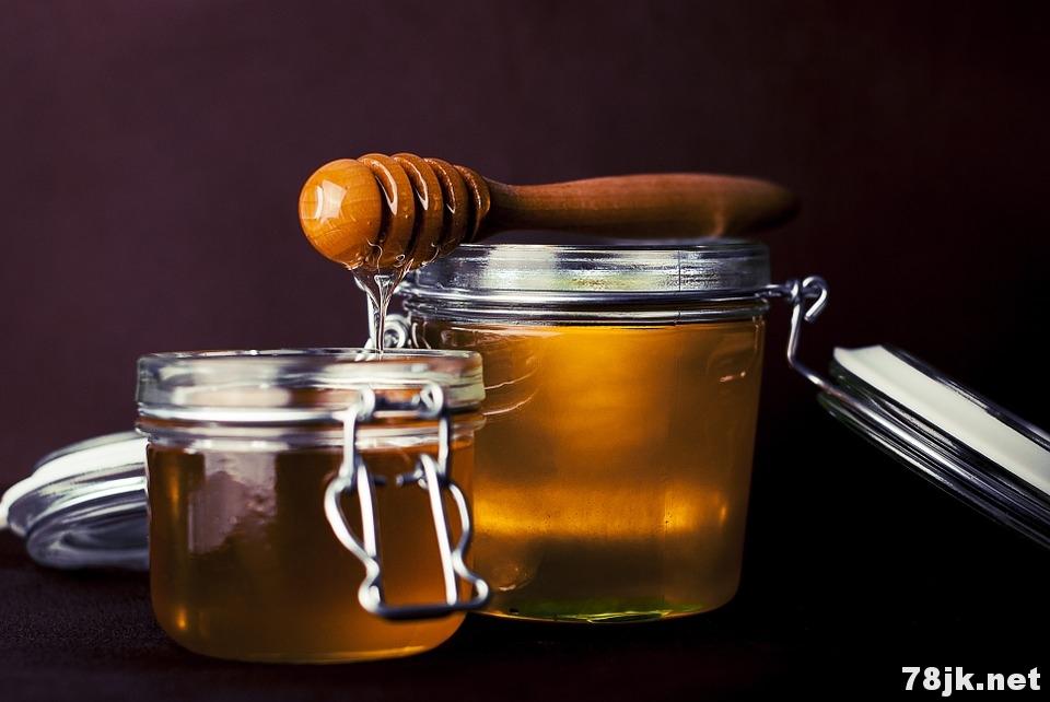 蜂蜜减肥吗:蜂蜜加这三种东西轻松减肥