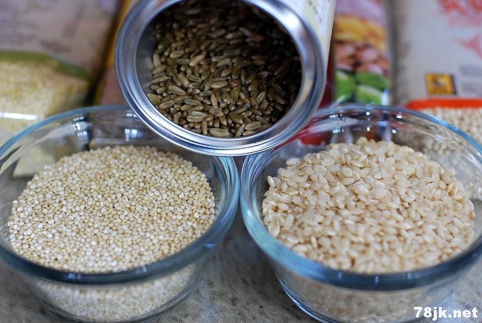 糙米的好处:抗癌促消化防衰老,还能改善睡眠质量