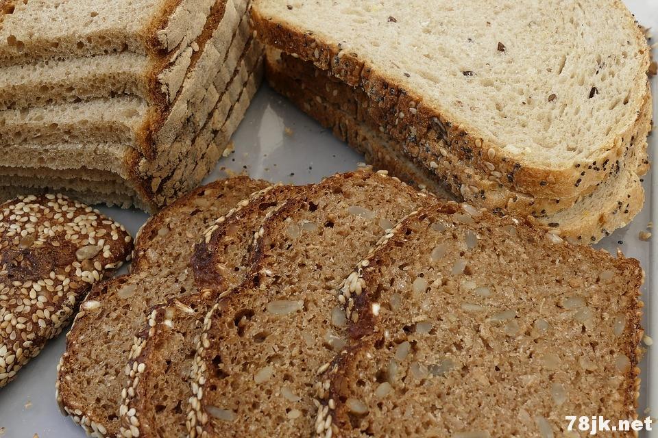 孕妇吃全麦面包的好处以及营养价值