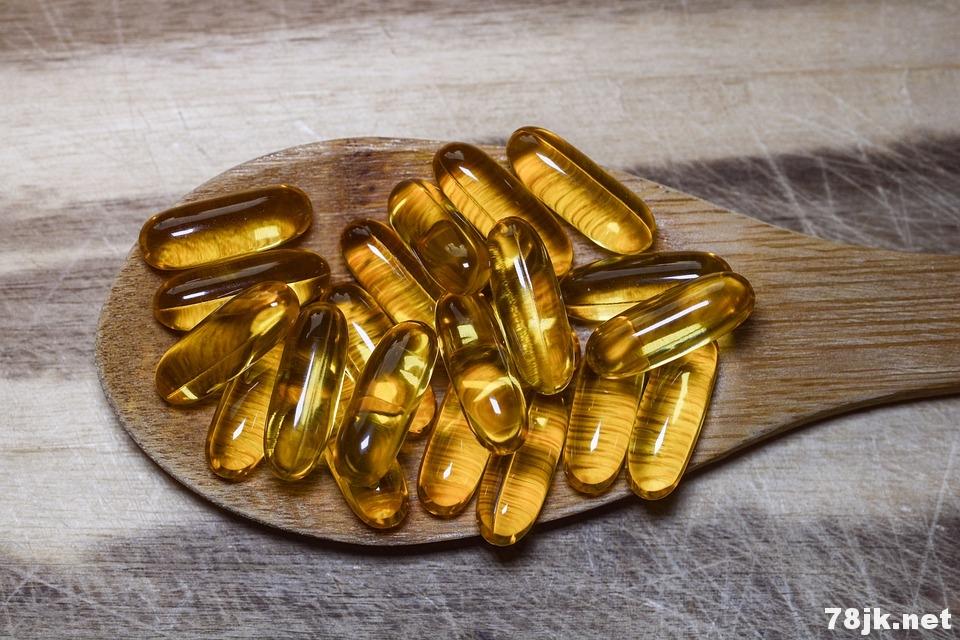 使用欧米伽 omega-3 脂肪酸治疗风湿性关节炎