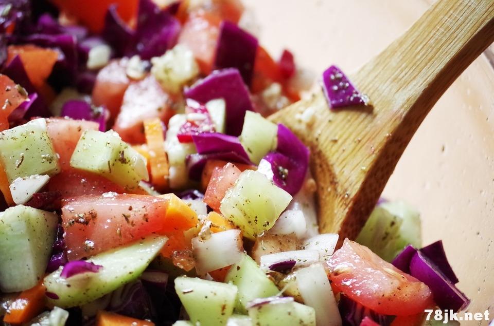 富含纤维和蔬菜的饮食可以缓解抑郁