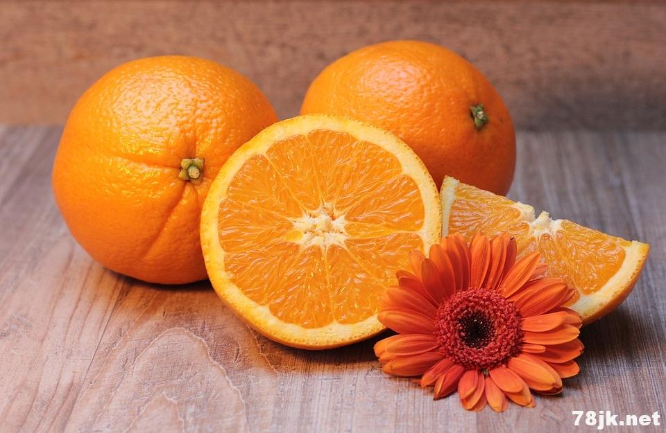 孕妇吃橙子好吗?孕妇吃橙子的 10 个好处和风险