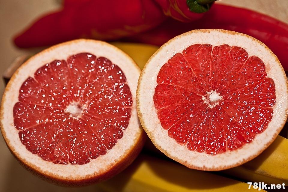 葡萄柚的好处、功效与作用有哪些(科学已验证)?