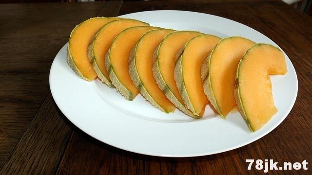 吃哈密瓜有哪些好处?哈密瓜的功效有什么?