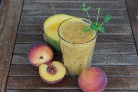桃子汁的营养价值和 10 个功效与作用
