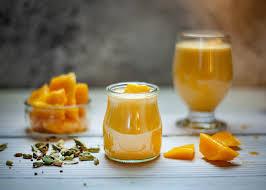 芒果汁的营养价值和 9 个功效与作用(以及潜在副作用)