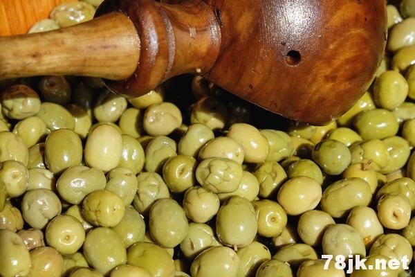 橄榄汁的 6 个功效与作用(对人体的好处)
