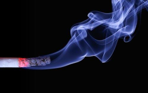 如何防止二手烟伤害自己(被动吸烟的坏处)