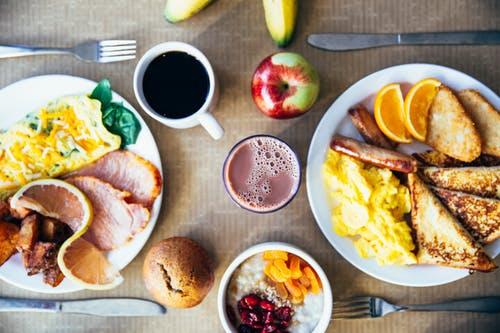对于一个去健身房的人来说,什么是最理想的饮食?